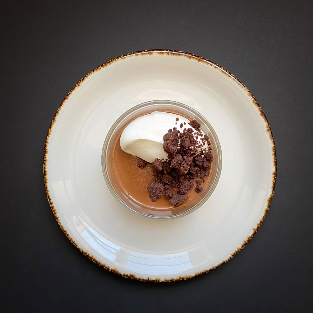 CHOCOLATE CREAM CUPS WITH STREUSEL