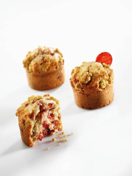 STRAWBERRY PISTACHIO MUFFINS