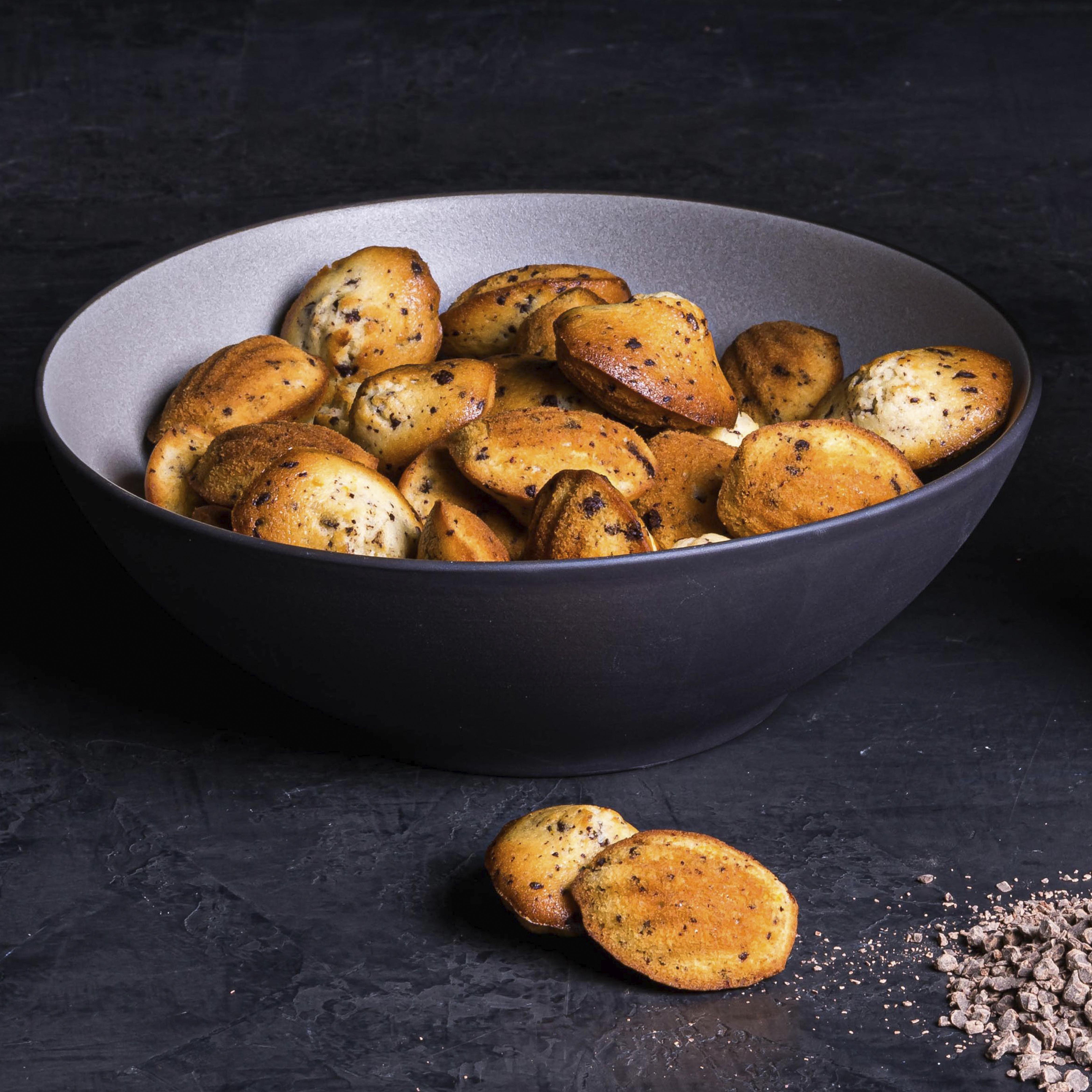 MADELEINE WITH NYANGBO GROUND CHOCOLATE