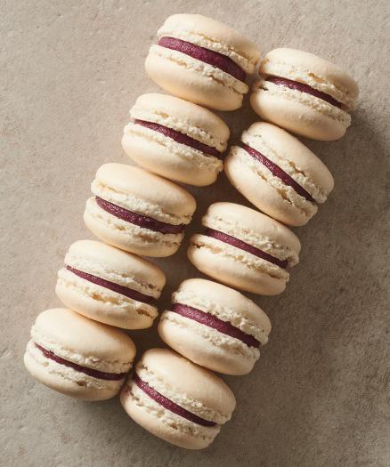 Black Currant IVOIRE 35% Macarons Recipe