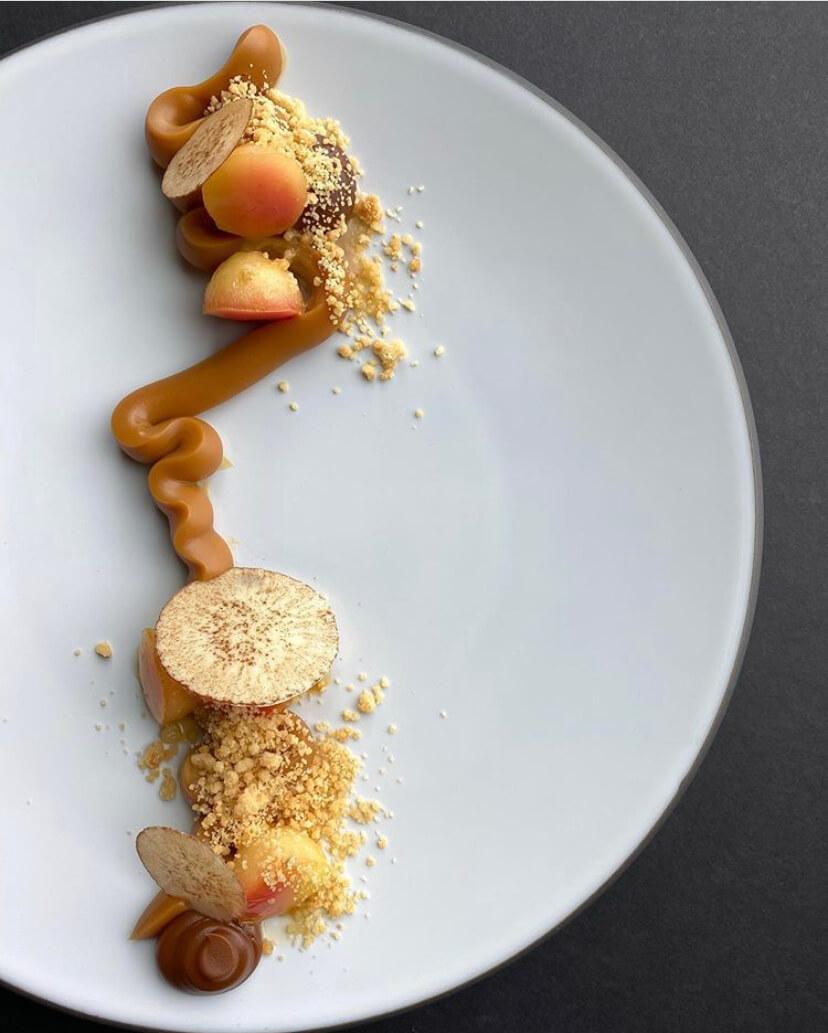 IVOIRE Caramel Crèmeux Plated Dessert