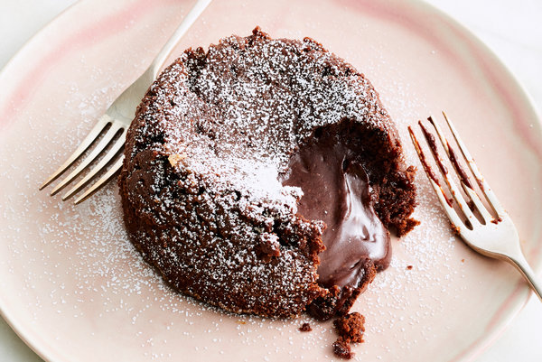 Chocolate Lava Cake for Two by Yossy Arefi NY Times article